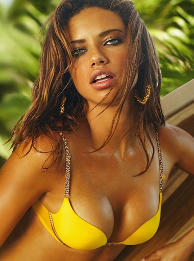 Adriana Lima hot images